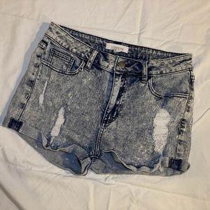 Forever21 distressed denim shorts sz 29